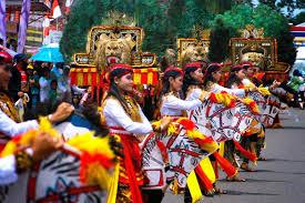 Seni Tari Dan Musik Tradisional Jawa
